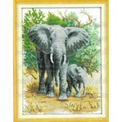 Keresztszemes készlet, Elefántok 34x44 cm