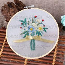 Hímzőrámás készlet, Virágcsokor sárga szalaggal 20x20 cm, 6 öltésfajta