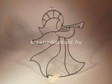 Karácsonyi ablakdekor, trombitás angyalka
