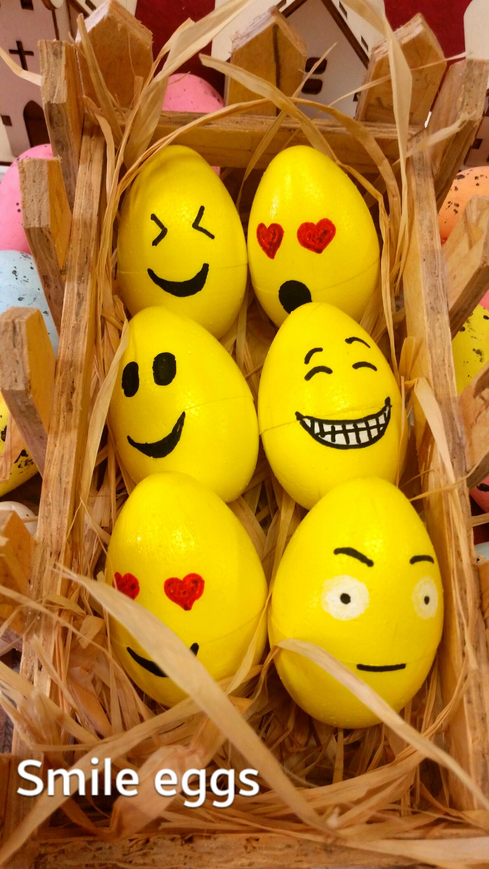 Smile eggs